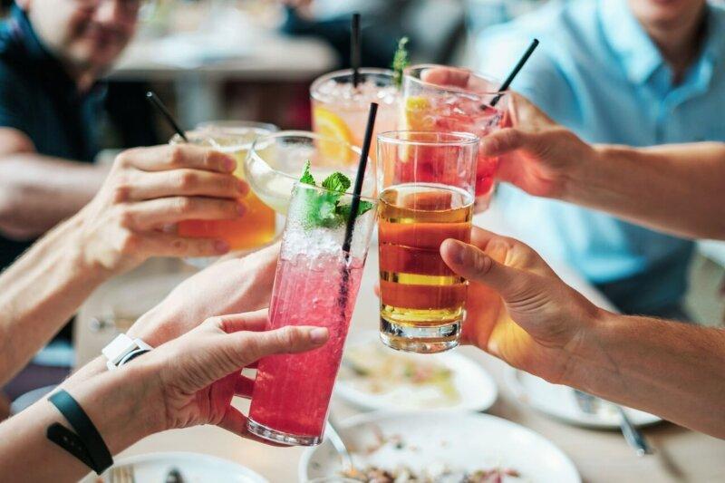 70代のシニア世代が婚活サイト以外で婚活する3つの方法とは?