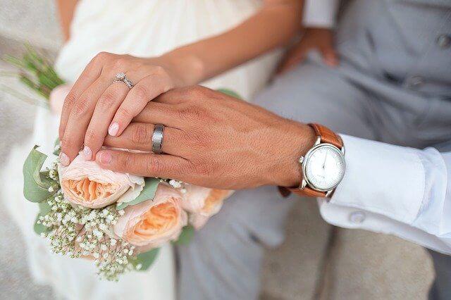 年の差婚は幸せになれるメリットたくさん!愛があれば年の差は関係ない