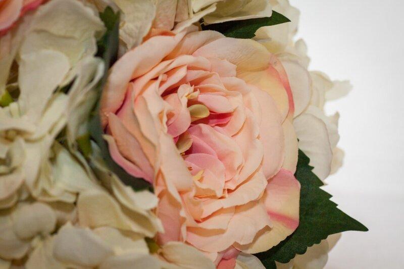 山梨県で人気の地域密着型の結婚相談所3選