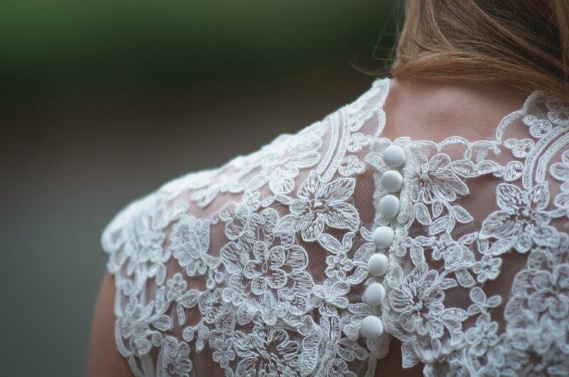 婚活パーティーの女性の服装のポイント3つ