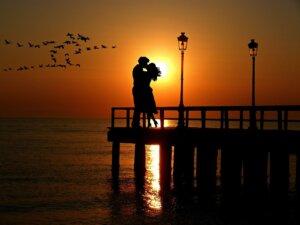 R婚で素敵な出会いをゲットしよう!