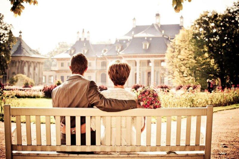 徳島県で人気の地域密着型の結婚相談所2選