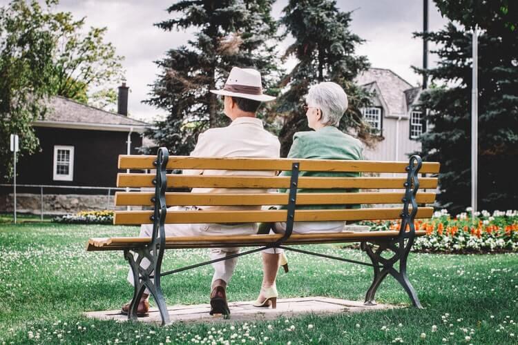 60代シニア世代でも婚活アプリで良い出会いが見つかる